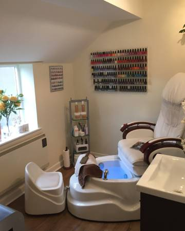 Victoria's Manicures & Pedicures